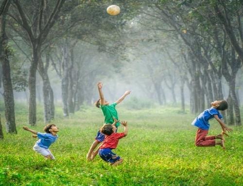 Kako telesno aktivni bi morali biti otroci in mladostniki?